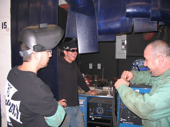 picture of welding students