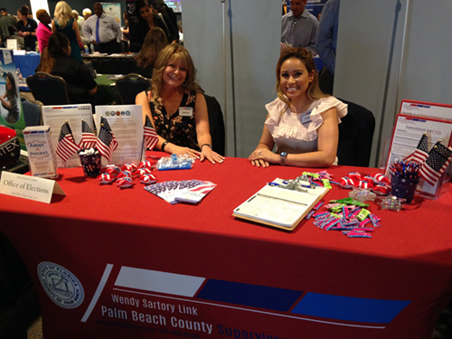 Wendy Sartory Link table and representatives at the Veteran's Expo